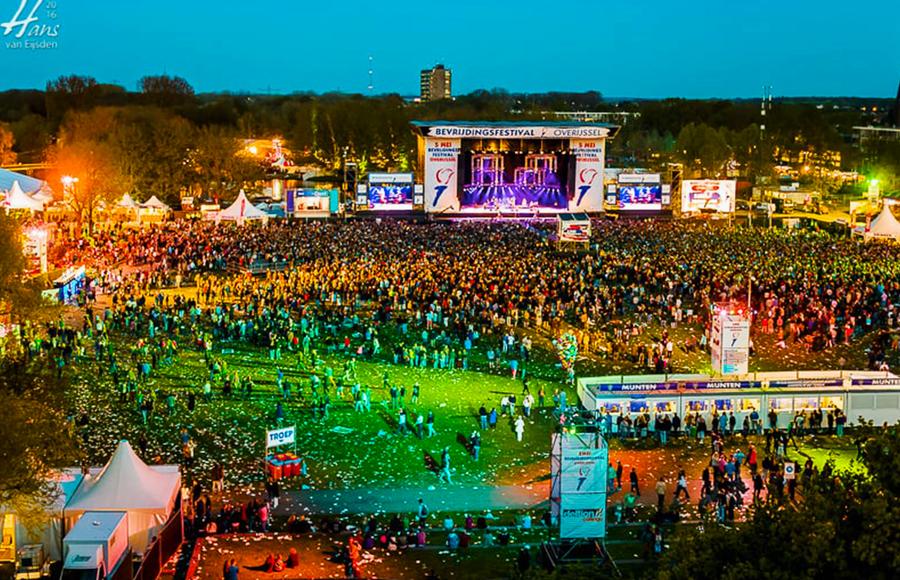 Tenten van Ter Haar op het bevrijdingsfestival van Zwolle